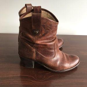 Frye Melissa boots size 8